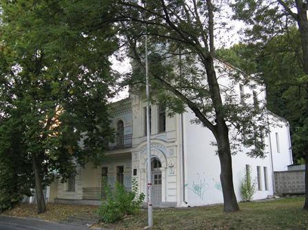 корпус больницы на Козловке (увы, снесенный)